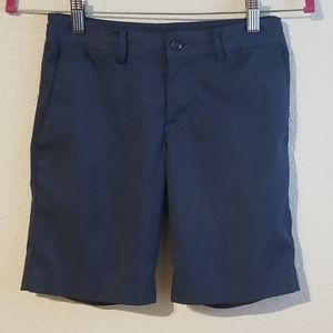 Nike golf shorts small